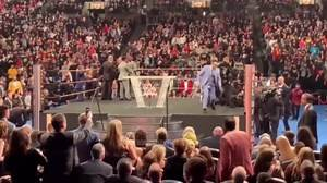Crazy: Wrestling Fan Takes Down Bret Hart & Gets Beat Down For It! (WWE Hall Of Fame 2019)