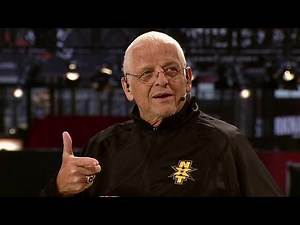 """WWE Hall of Famer Dusty Rhodes shares his favorite """"Macho Man"""" memory: WWE Network Exclusive"""