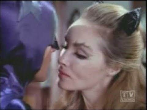 Catwoman Hot for Batman - The Cat and the Fiddle Ep 38 1966