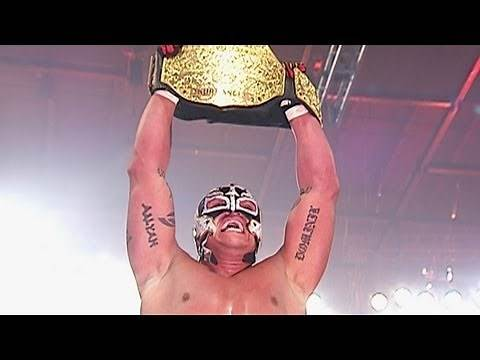 Rey Mysterio wins World Heavyweight Championship - WrestleMania 22