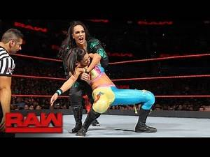 WWE 2K17 - Bayley vs Nia Jax: Number 1 Contenders Match for the RAW Women's Championship