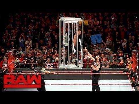 Chris Jericho gets locked in a shark cage: Raw, Dec. 19, 2016