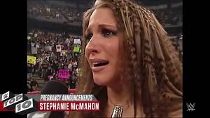 Shocking pregnancy announcements WWE Top 10