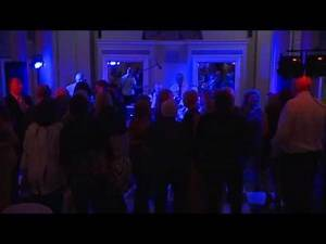 THE CHRIS BERRY BAND performing DAKOTA (Stereophonics)