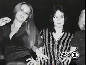 2000 The Runaways clips (70s girl punk rock band)