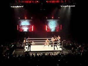 WWE RAW - Kevin Nash vs John Cena - London O2 arena - 11/11/11