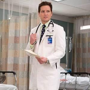 Peter Facinelli Reveals the Reason He's Leaving Nurse Jackie