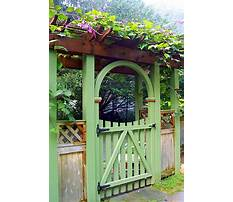 Antique wooden garden gates Plan