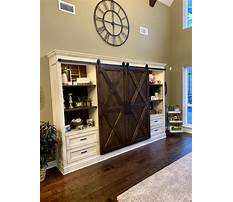 Barn door entertainment center hardware Plan