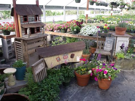 Country Primitive Garden Ideas