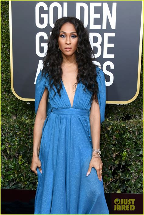 Golden Globes Billy Porter Pose