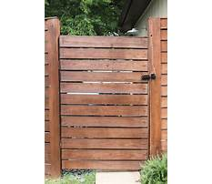 How to build a gate with horizontal slats Plan
