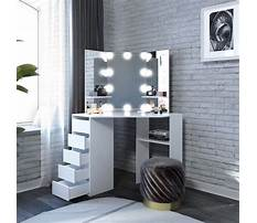 Makeup dresser with mirror and lights Plan