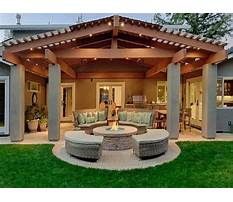 Patio in back garden Plan
