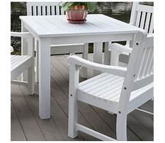Plastic table and chairs for outside Plan