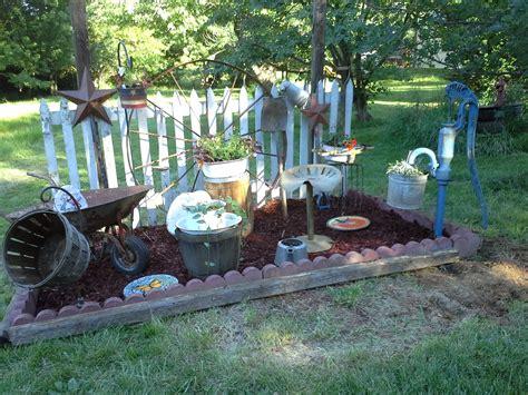 Primitive Garden Design