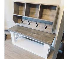 Rustic mudroom bench plans Plan