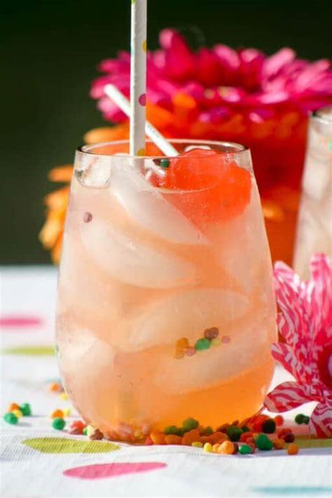 Tropical Strawberry Lemonade Smoothie Recipe