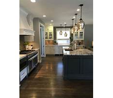 White cabinets with grey granite Plan