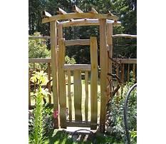 Wooden garden trellis gate Plan