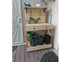 Wooden potting bench bucks Plan
