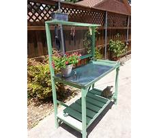 Wooden potting bench with zinc top Plan